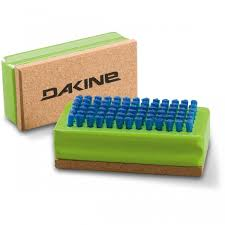 Dakine Nylon/Cork Brush